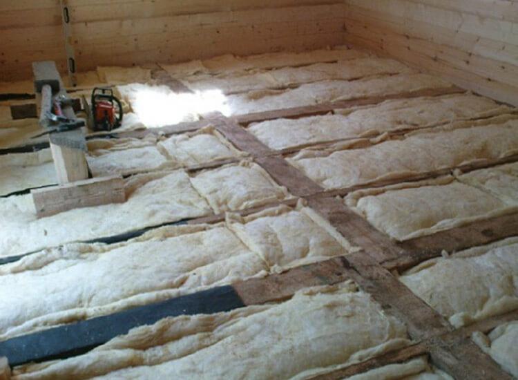 Как утеплить потолок снаружи в бане своими руками 56