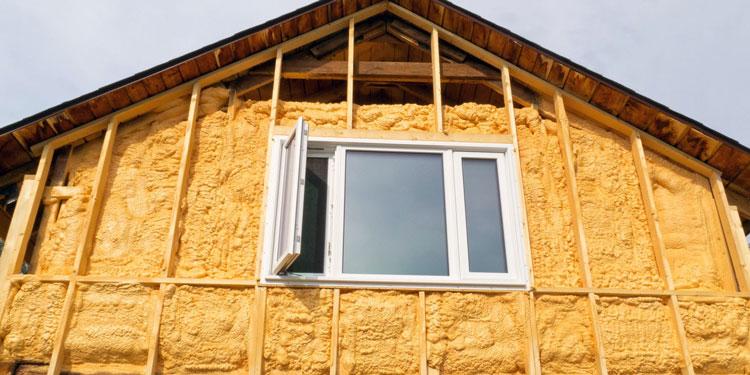 Теплоизоляция деревянного дома пенополиуретаном