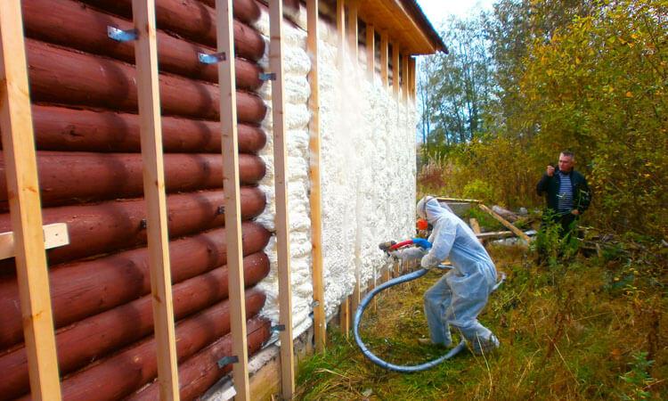 Утепление деревянного дома пенополиуретаном